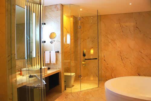 为何酒店厕所玻璃设置成透明的? 为何酒店厕所玻璃设置成透明的? 文章